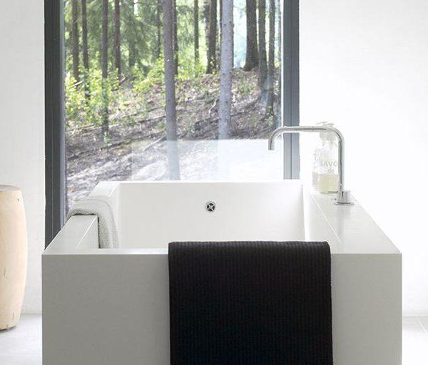Block_bathtub__white